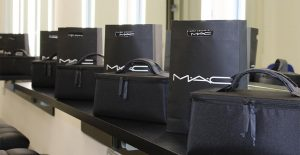 kit-mac-cosmetics-pragma